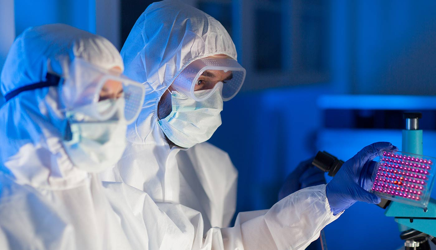 clean-room-workers-in-sterile-lab-web